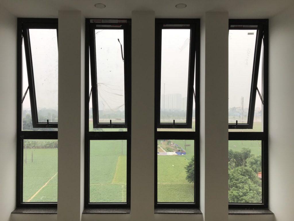 cửa sổ nhôm hất 1 cánh xingfa