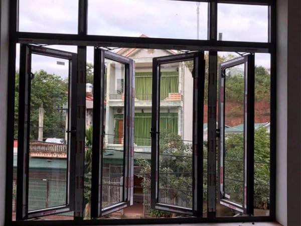 cửa sổ nhôm mở quay 4 cánh xingfa 1