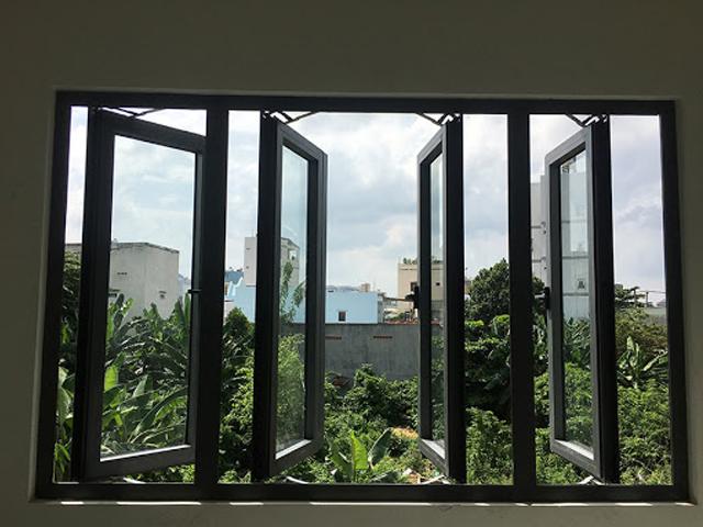 cửa sổ nhôm mở quay 4 cánh xingfa